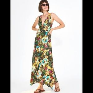 FARM RIO Garden Dreams V-neck Maxi dress